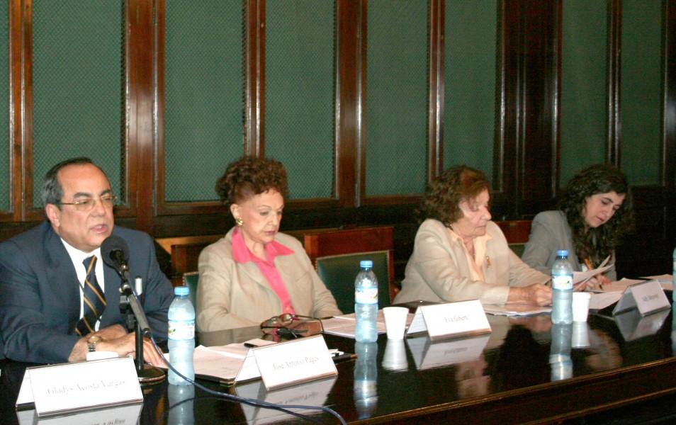 José Antonio Pagés, Eva Giberti, Nelly Minyersky y Mary Beloff